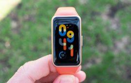 华为手环6怎么设置自定义壁纸-如何换表盘
