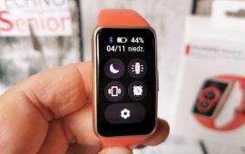 华为手环6怎么充电-充电口在哪里
